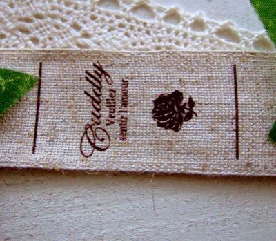 画像1: 【HAPPY!】[卸・受注生産]25mm幅/リネン・スクリプトCuddly薔薇(折縦両用)1巻(30m)